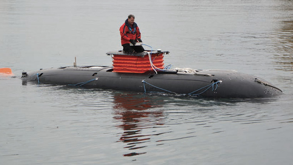 UOES2 Dry Combat Submersible