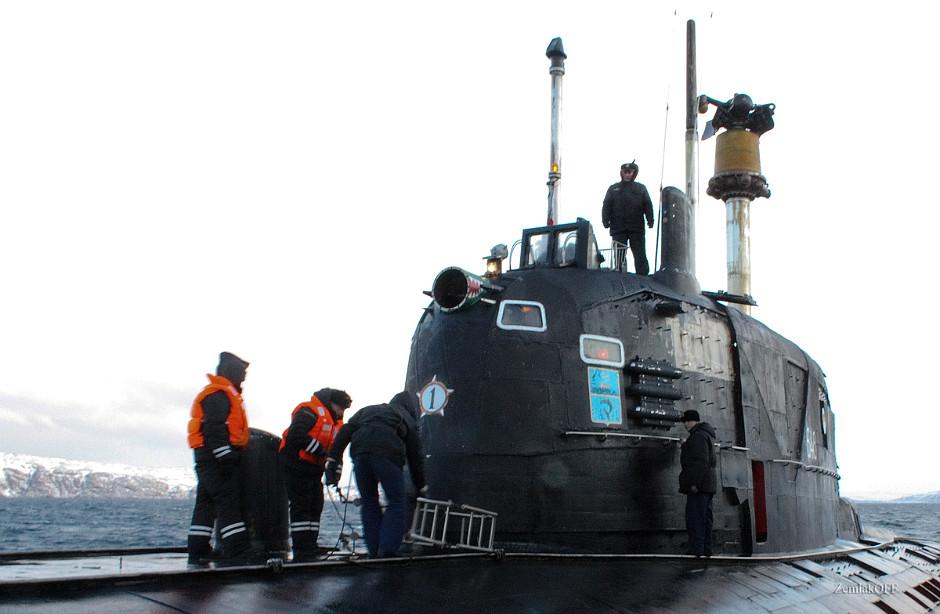 """الغواصات النووية الهجومية..للبحرية السوفييتية .""""الجزء الاول """" SIERRA_Sail"""